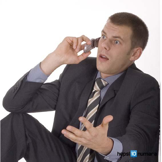 telefonla-cok-konusan-erkek