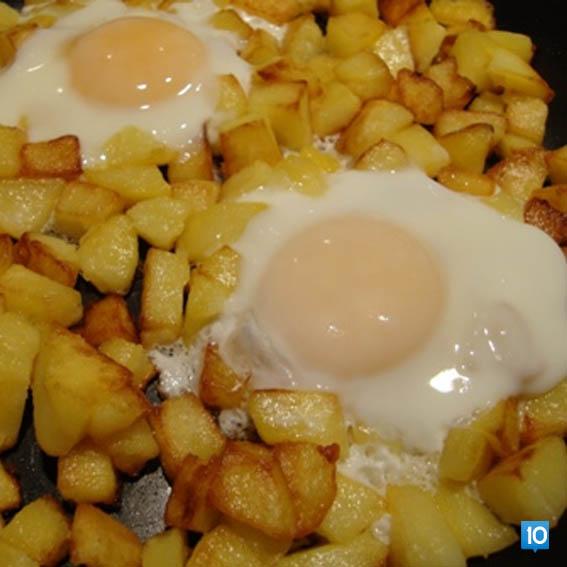 papatesli-yumurta